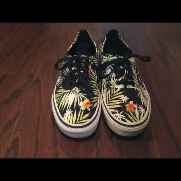 fd658de354 Vans Hawaiian print canvas sneakers M 7.5 W 9. M 5b9ae9afaaa5b8f5a264ceeb.  Other Shoes you may like. Vans Old Skool